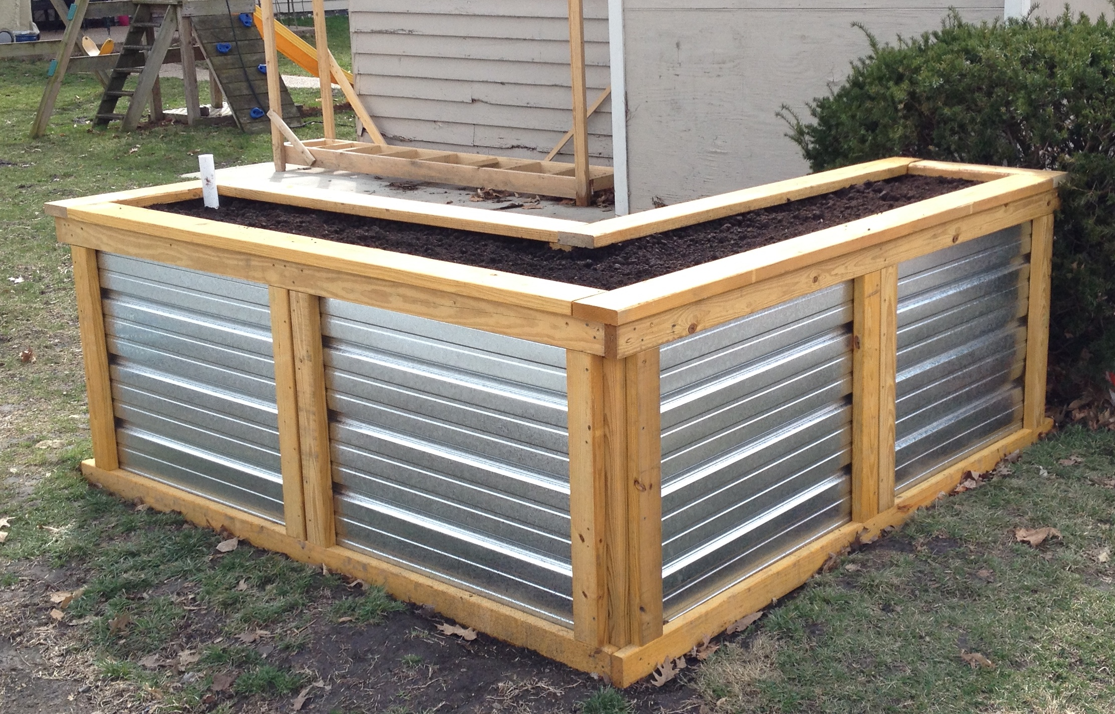 Picture of: Building A Self Watering Raised Garden Bed Frugal Living